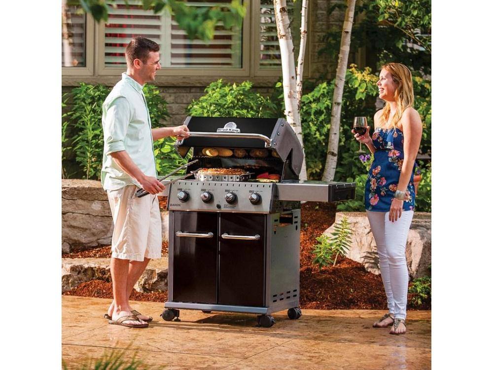 BARBECUE GAS BROIL KING BARON 420